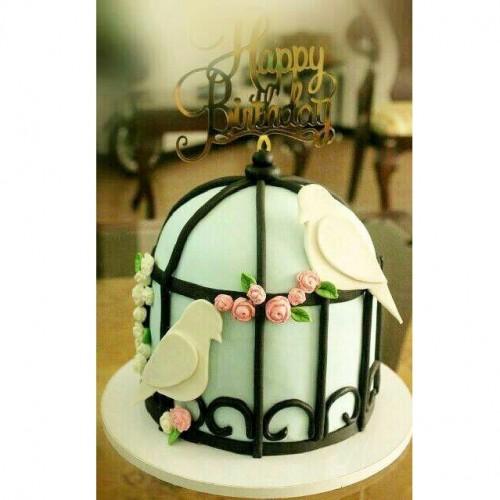 کیک مرغ عشق